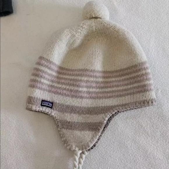 Patagonia kids XXL winter hat. M 5c41ead89539f71d44714e6f 3e56990f072
